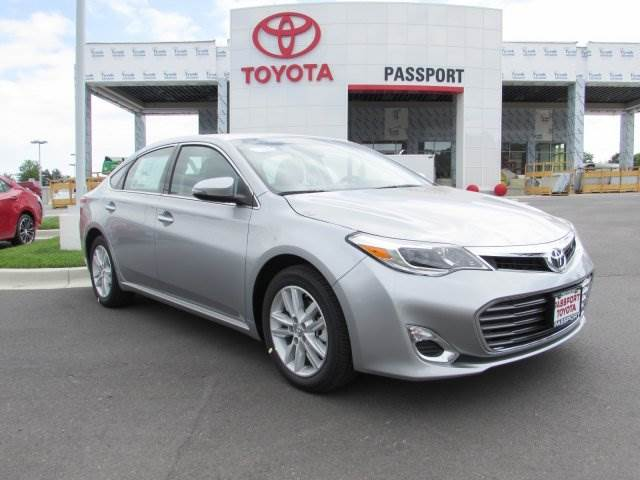 drive in luxury you can afford the 2015 toyota avalon. Black Bedroom Furniture Sets. Home Design Ideas